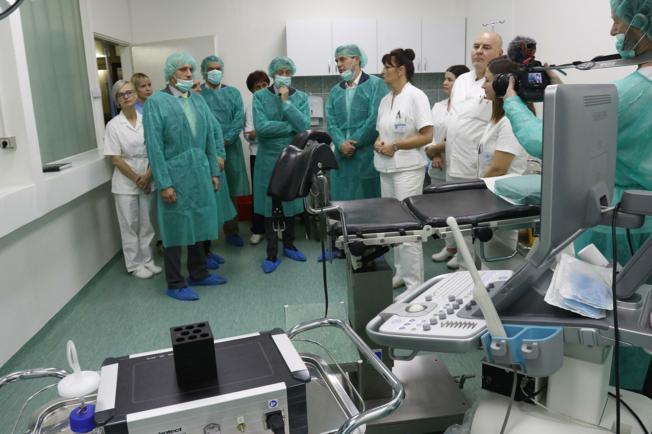 Osječki KBC dobio novu opremu za potpomognutu oplodnju